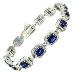 9.50 Ct Sapphire & Diamond 18kt White Gold Bracelet