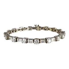 9.51 Carat Round and Baguette Diamond Tennis Bracelet in 18 Karat White Gold