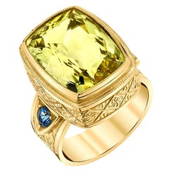 9.55 Carat Golden Beryl, Blue Sapphire, Yellow Gold Engraved Bezel Band Ring