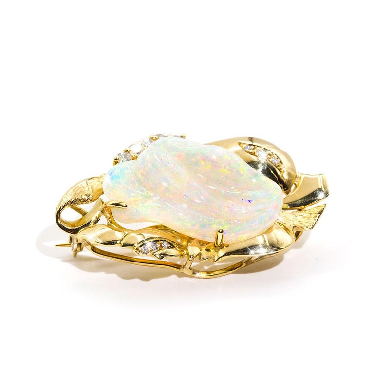 9.6 Carat Solid Australian Carved Opal and Diamond 18 Carat Gold Pendant Brooch For Sale 9