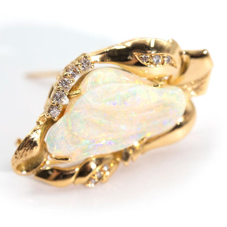 9.6 Carat Solid Australian Carved Opal and Diamond 18 Carat Gold Pendant Brooch In Good Condition For Sale In Hamilton, AU