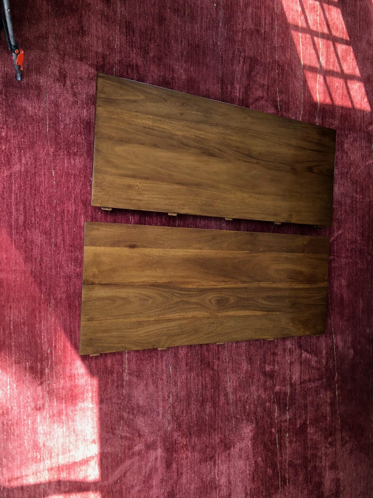 Custom Rose Tarlow Melrose House Mahogany Dining Table With Two Leaves For Sale 1