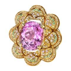 9.61 Carat Kunzite, Tsavorite Garnets, Diamonds 18 Karat Gold Cocktail Ring