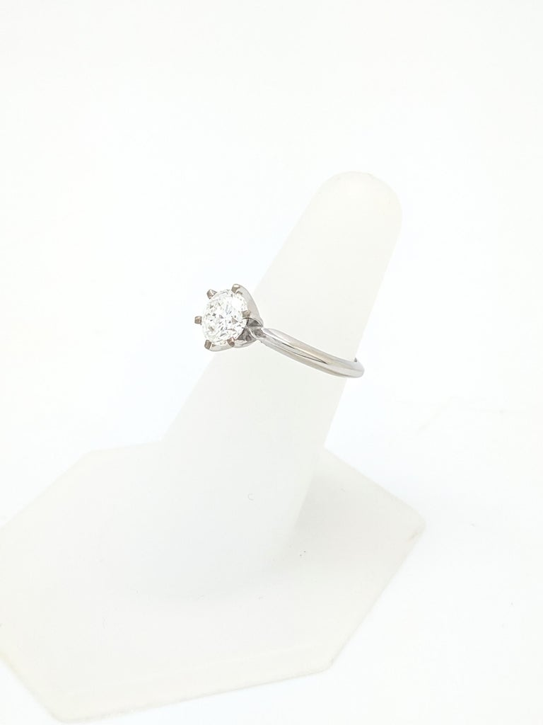 Round Cut .96 Carat Round Brilliant Cut Natural Diamond Ring GIA Certified SI1/F For Sale