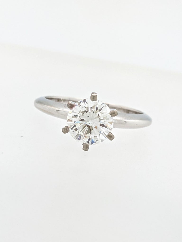 Women's .96 Carat Round Brilliant Cut Natural Diamond Ring GIA Certified SI1/F For Sale