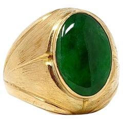 9.70 Carat Solitaire Oval Cabochon Jadeite Men's Ring in 18 Karat Yellow Gold
