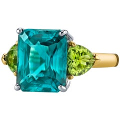 9.74 Carat Blue Zircon and Peridot 18k Yellow and White Gold 3-Stone Ring