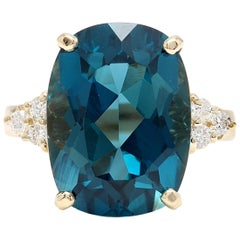 9.85 Carat Natural Impressive London Blue Topaz and Diamond 14k Yellow Gold Ring