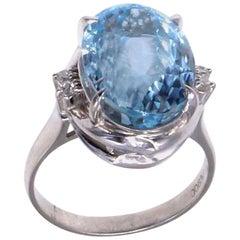 9.93 Carat Aquamarine Diamond Platinum 1980s Ring