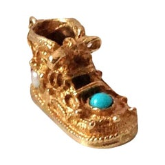 9ct 375 Gold Vintage Baby Boot by Fred Manshaw