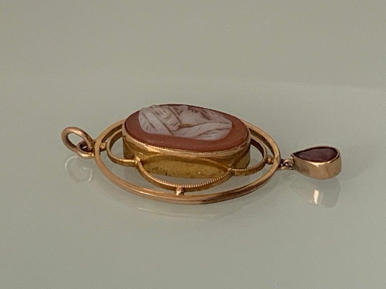 Art Deco 9ct Gold Italian Antique Cameo Pendant For Sale