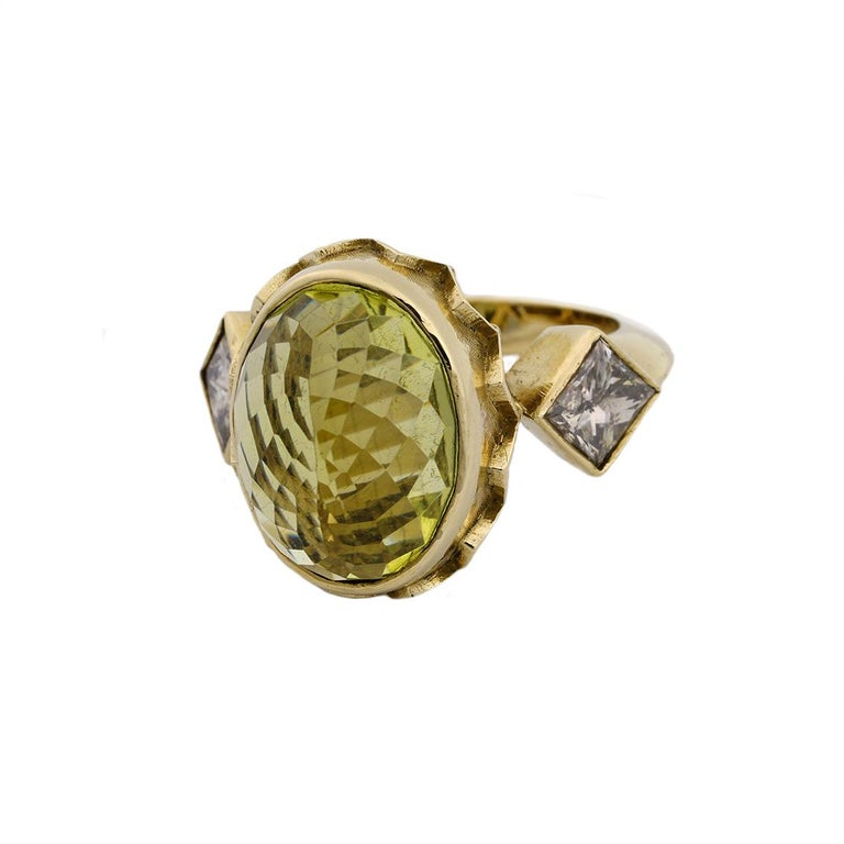 9 Karat Yellow Gold Gothic Arch Lemon Quartz and Diamond Ring In New Condition For Sale In Fitzroy, AU