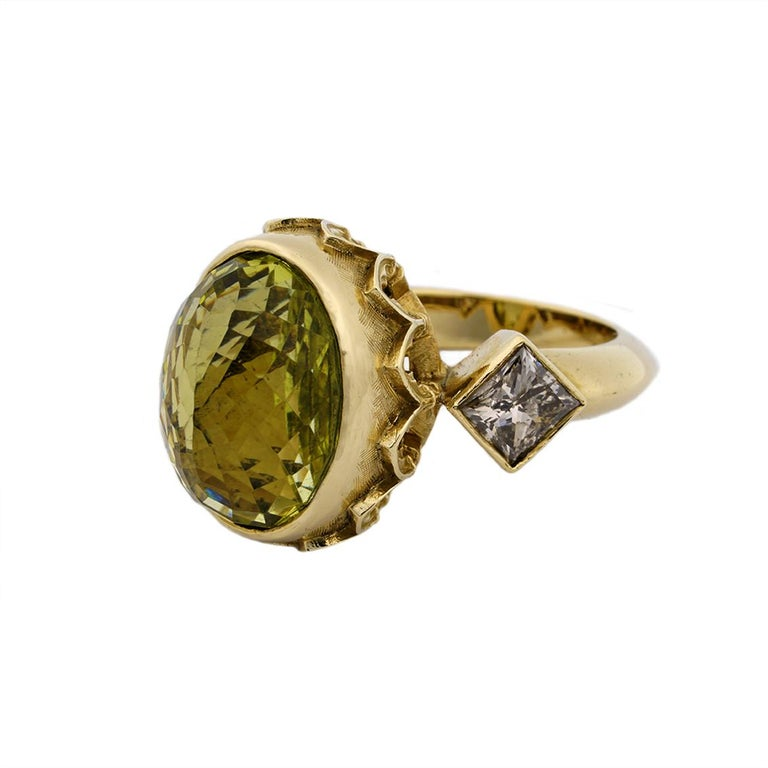 Women's 9 Karat Yellow Gold Gothic Arch Lemon Quartz and Diamond Ring For Sale