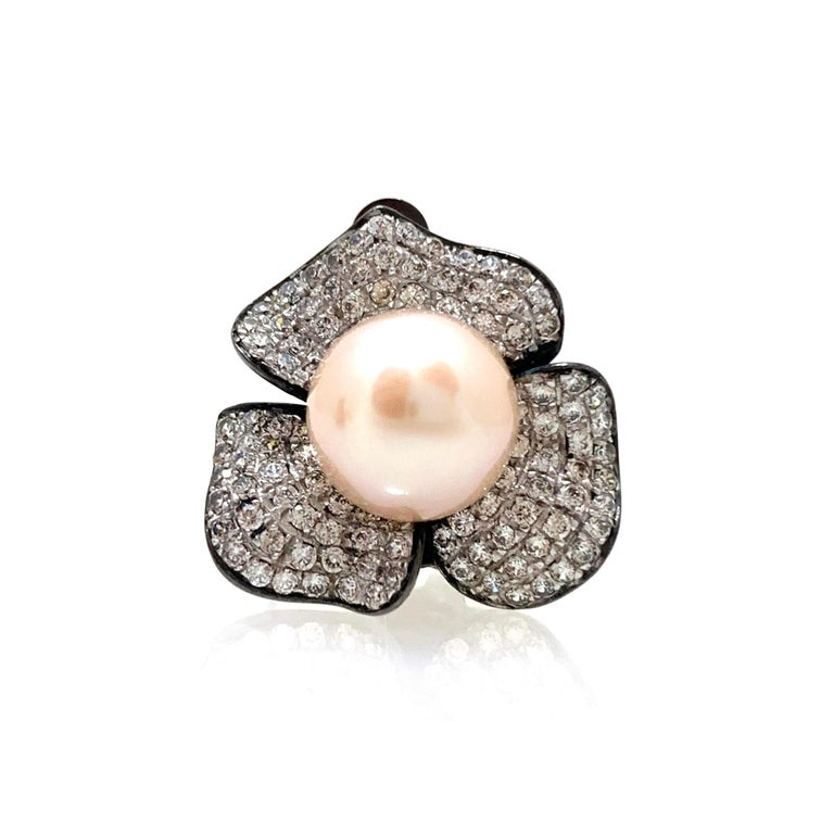 9mm Akoya Pearl and Pave Flower Black Rhodium Sterling Silver Clip Earrings In New Condition For Sale In Los Angeles, CA