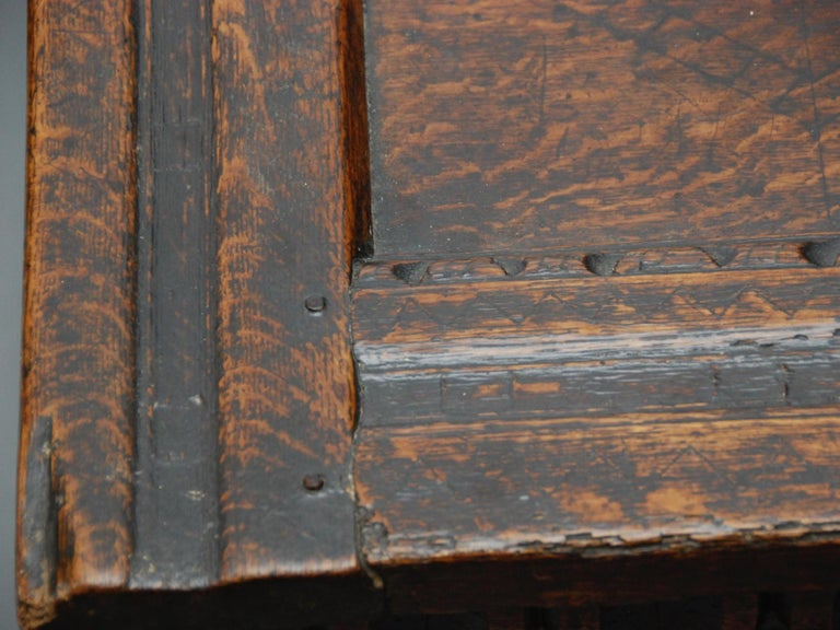 17th Century English Oak Chest For Sale 2