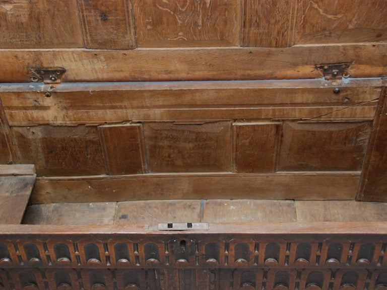 17th Century English Oak Chest For Sale 3