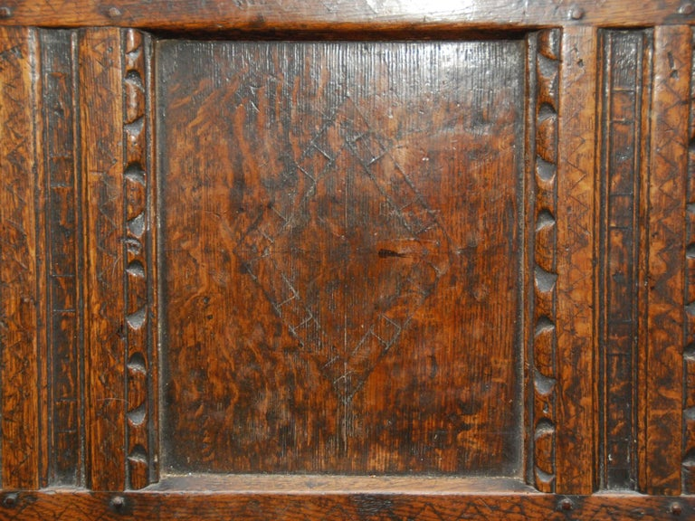 17th Century English Oak Chest For Sale 5