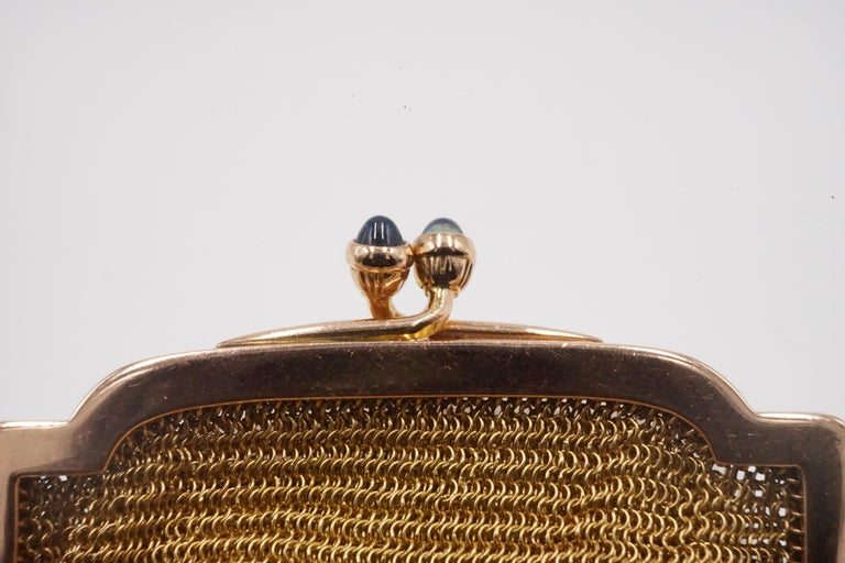Cabochon 1900s Cartier Sapphire and 14 Carat Gold Mesh Bag For Sale