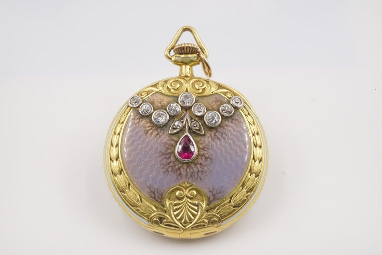 A beautiful 1906 Tiffany signed pocket watch in working order with marks.   Measures W: 2.7cm H: 3.3cm D:0.86cm  Weight: