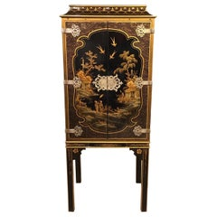 1920s Period Chinoiserie Cabinet