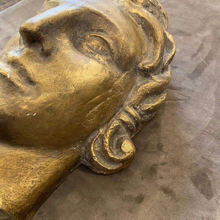 Hand-Crafted 1930s Art Deco Gilded Plaster Italian Sculpture of an Head For Sale