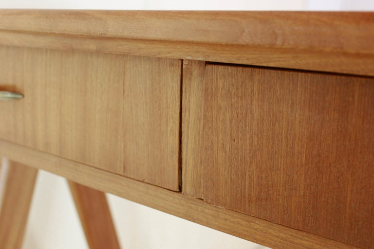 1950 Mahogany Vintage Console Table For Sale 10