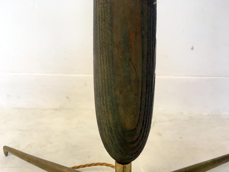 1950s Italian Wood and Brass Floor Lamp For Sale 2