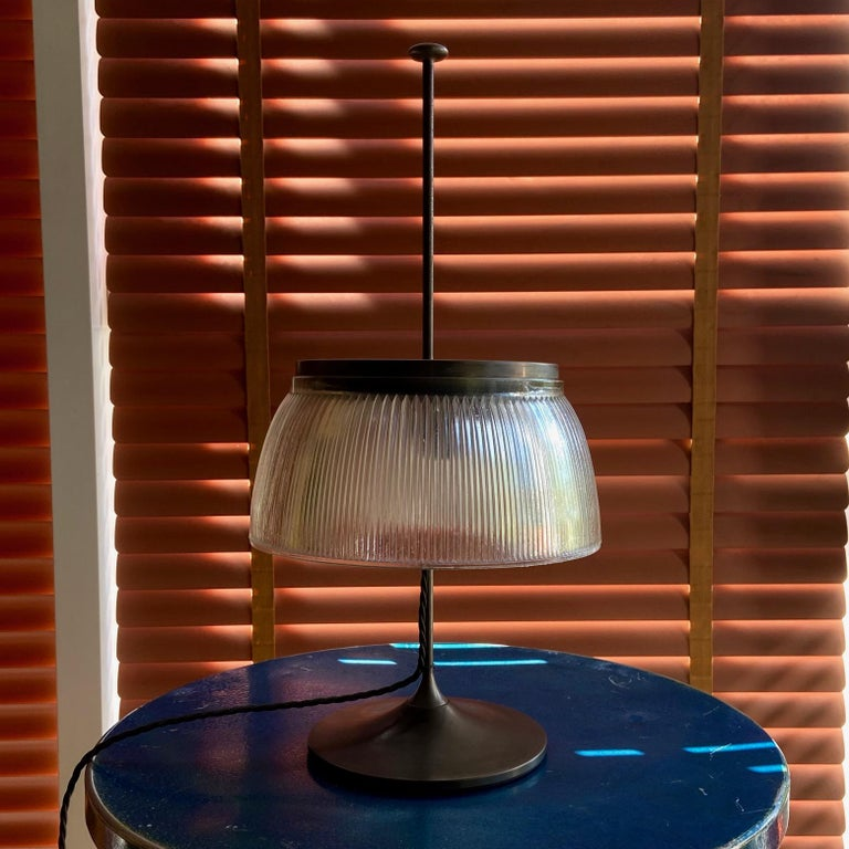 Italian 1960's Desk or Table Lamp, Metal and Glass, Attrtibuted to Tito Agnoli, O-Luce For Sale