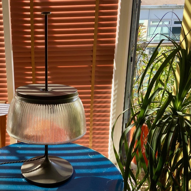 1960's Desk or Table Lamp, Metal and Glass, Attrtibuted to Tito Agnoli, O-Luce In Fair Condition For Sale In London, GB