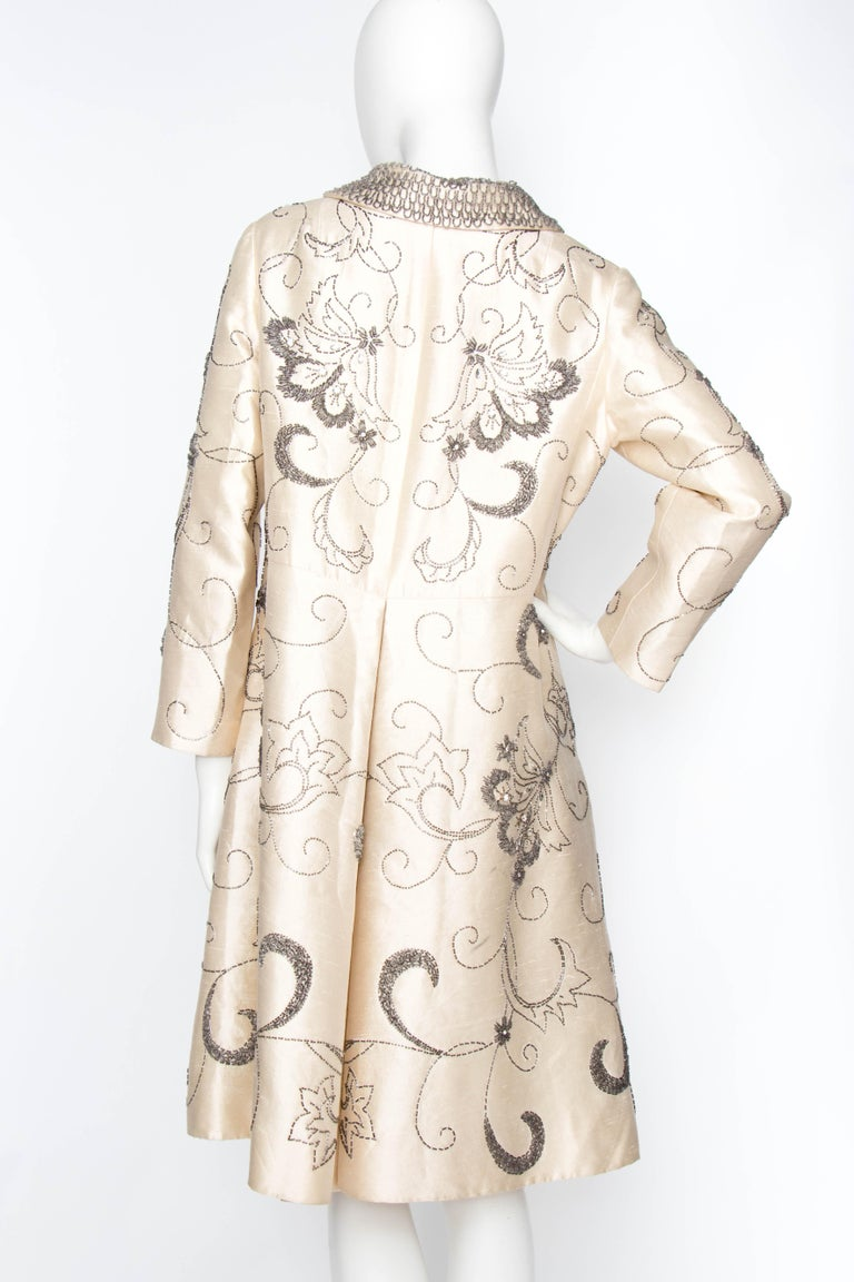 A 1960s Ivory Silk Couture Coat With Beads and Embellishment For Sale 3