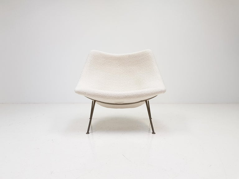 1960s Pierre Paulin Oyster Chair for Artifort in Bouclé Fabric For Sale 5