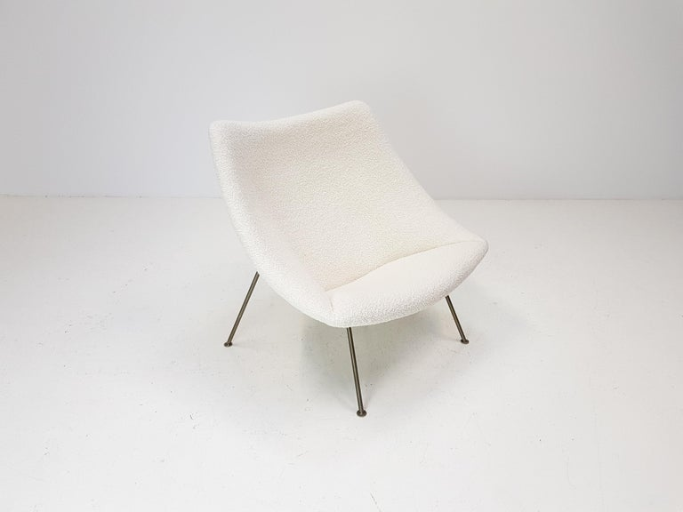 1960s Pierre Paulin Oyster Chair for Artifort in Bouclé Fabric For Sale 7