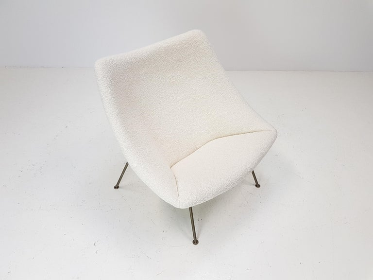 1960s Pierre Paulin Oyster Chair for Artifort in Bouclé Fabric For Sale 8