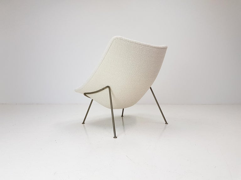 Metal 1960s Pierre Paulin Oyster Chair for Artifort in Bouclé Fabric For Sale