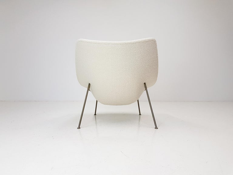 1960s Pierre Paulin Oyster Chair for Artifort in Bouclé Fabric For Sale 1