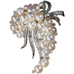 1960s White Gold Pearl and Diamond Set 2.27 Carat Brooch Pin