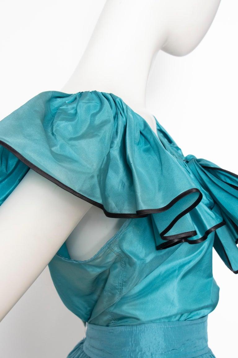 A 1980s Vintage Yves Saint Laurent Rive Gauche Teal Blue Silk Taffeta Two-Piece  For Sale 1