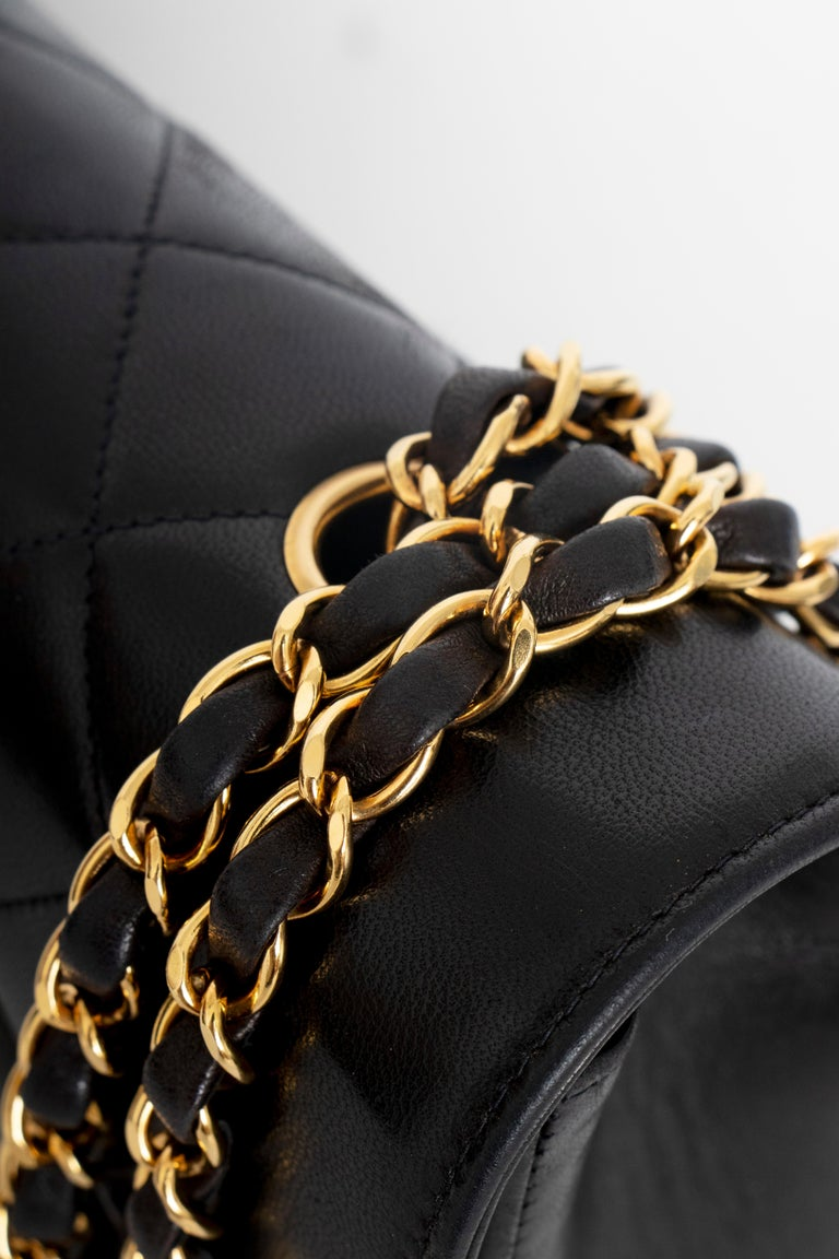 A 1990s Chanel Black Quilted Lambskin Bag Gold Hardware For Sale 3