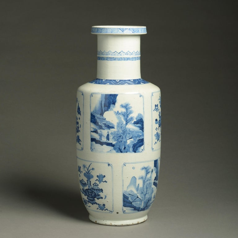 19th Century Blue and White Porcelain Rouleau Vase In Good Condition For Sale In London, GB