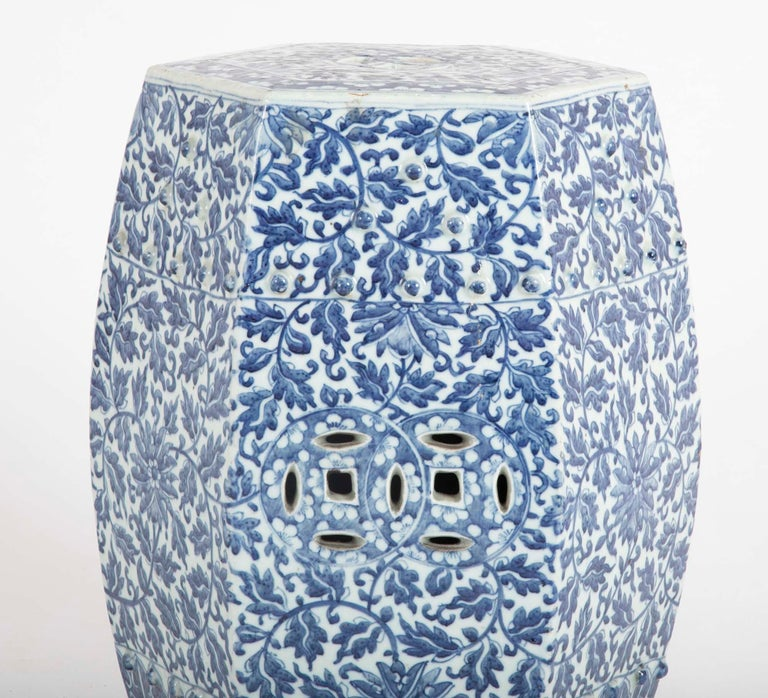 19th Century Sextagonal Blue and White Chinese Porcelain Garden Seat 1