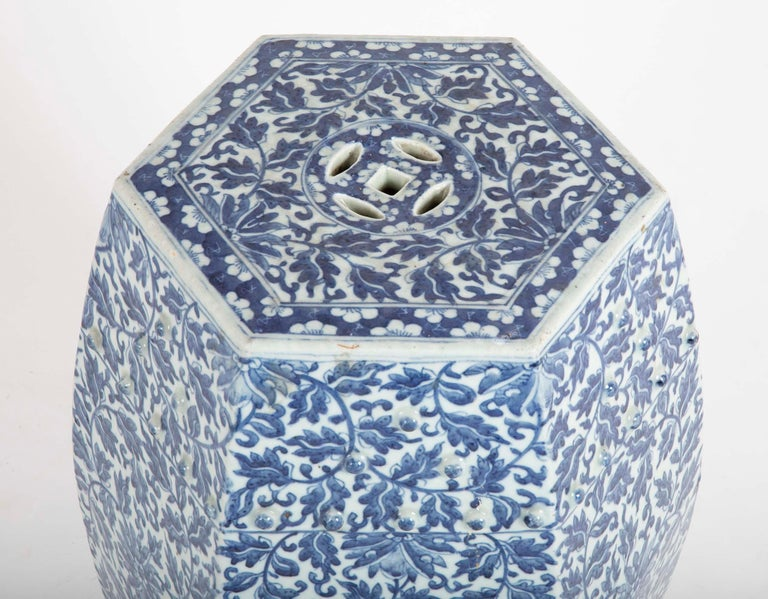 19th Century Sextagonal Blue and White Chinese Porcelain Garden Seat 2