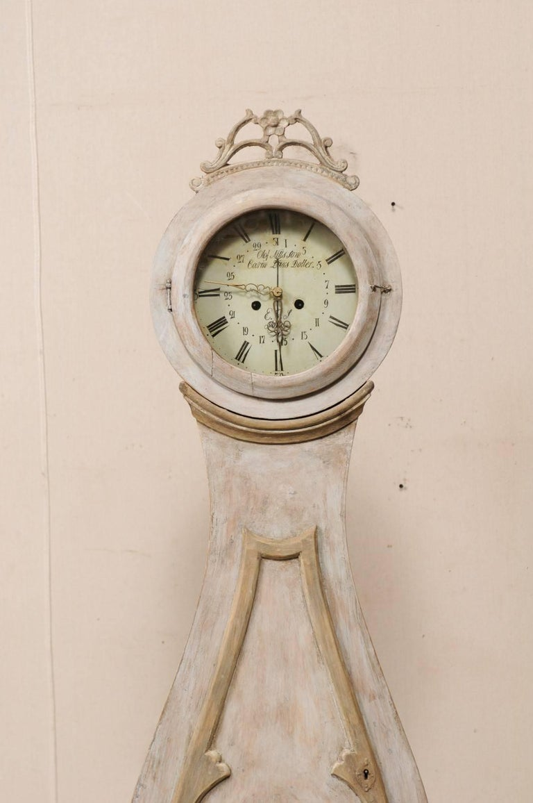 19th Century Swedish Mora Floor Clock with a Beautifully Pierce-Carved Crown In Good Condition For Sale In Atlanta, GA