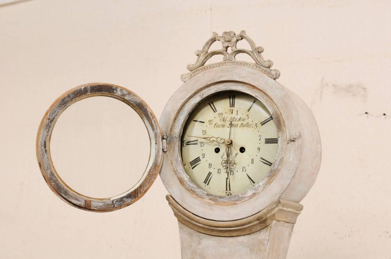 19th Century Swedish Mora Floor Clock with a Beautifully Pierce-Carved Crown For Sale 5
