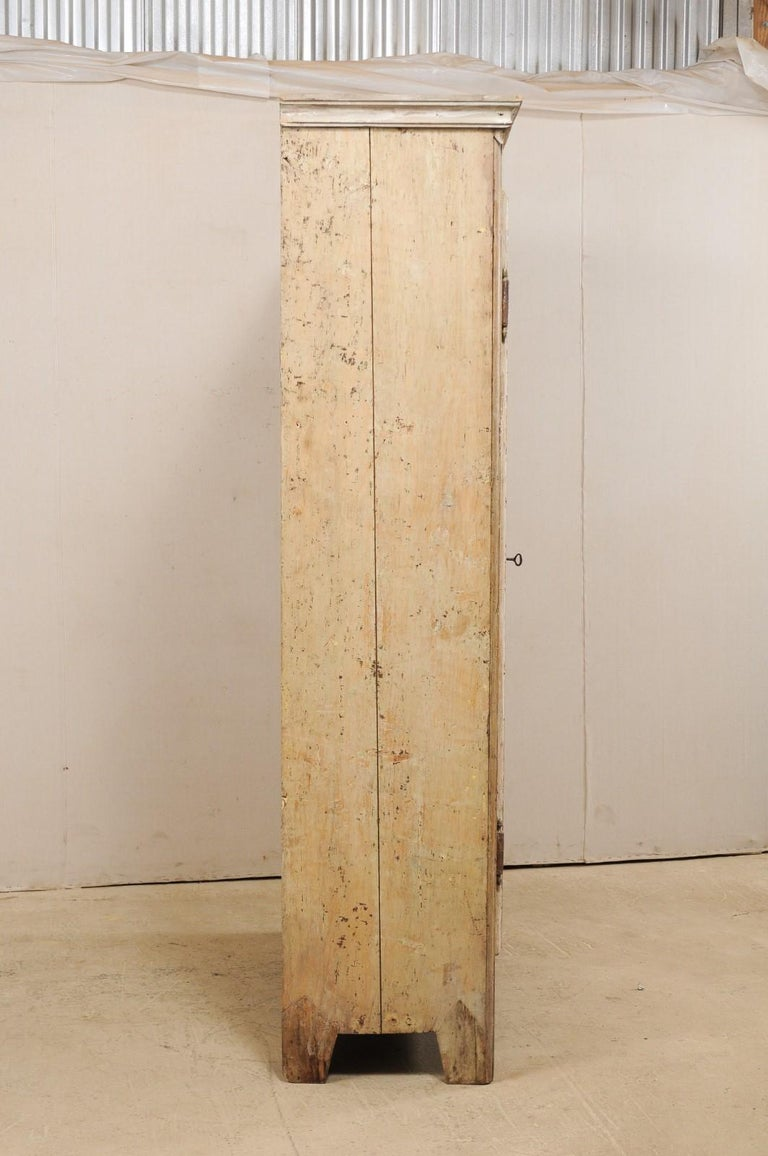 19th Century Two-Door Armoire from the South of France For Sale 5