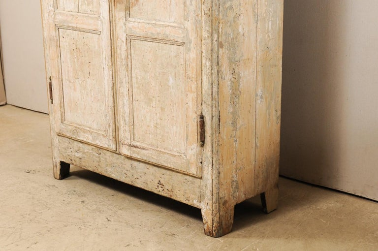 19th Century Two-Door Armoire from the South of France For Sale 1