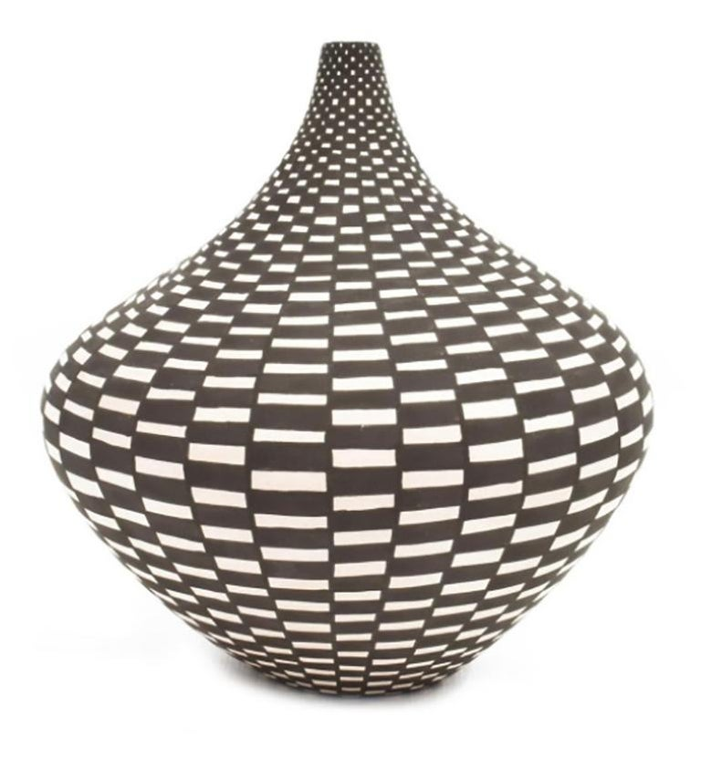 Native American Acoma NM Tall Neck Seed Pot with Geometric Design by Sandra Victorino For Sale