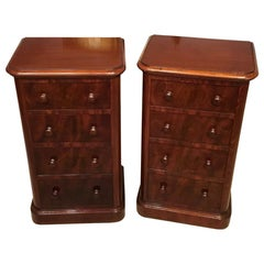 Beautiful Pair of Mahogany Victorian Period Bedside Chests