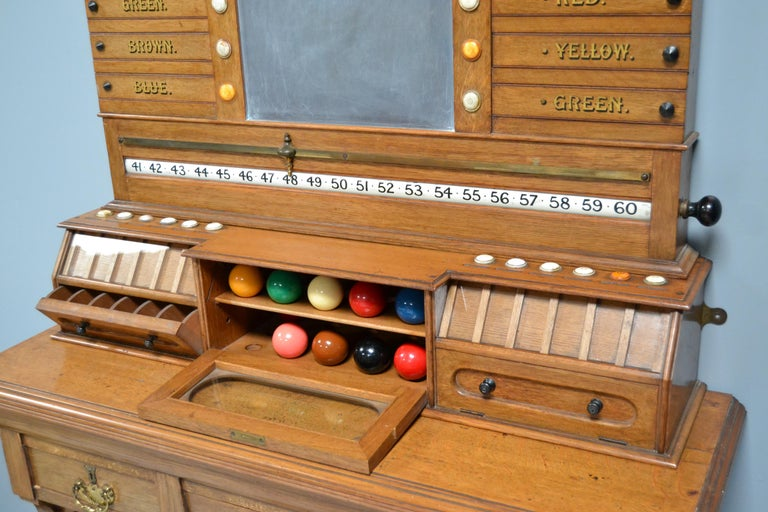 Late Victorian Billiard snooker  pool scoring cabinet of english oak victorian 1880 For Sale