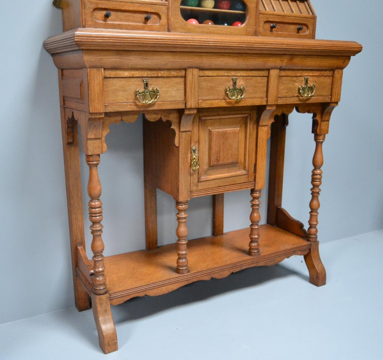 Late 19th Century Billiard snooker  pool scoring cabinet of english oak victorian 1880 For Sale