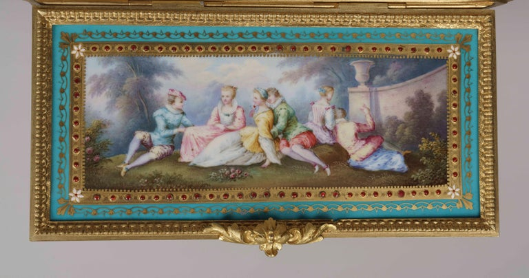 Blue Porcelain and Gilt Jewelry Box in the Louis XVI Style In Excellent Condition For Sale In London, GB
